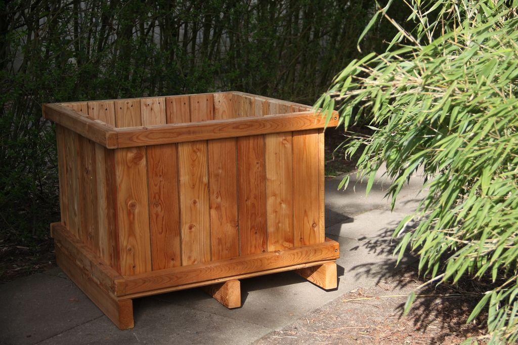 Bambus-Pflanzenshop - Pflanzkübel aus Lärchenholz kaufen